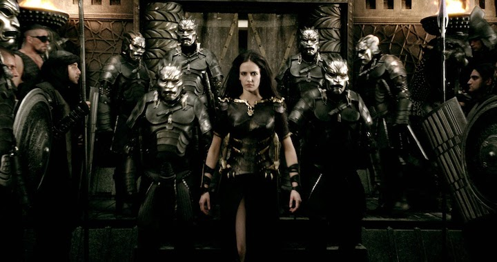 Eva Green in 300 surrounded by soldiders